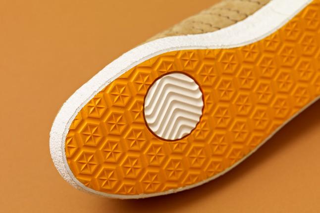 adidas-consortium-gazelle-vintage-woodwood-sole-1
