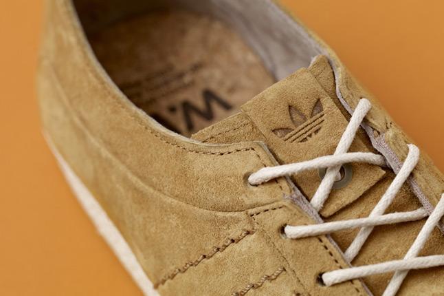 adidas-consortium-gazelle-vintage-woodwood-tongue-1