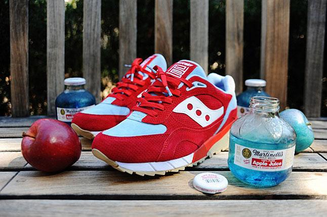 pys-bait-saucony-blue-apple-sneaker-1