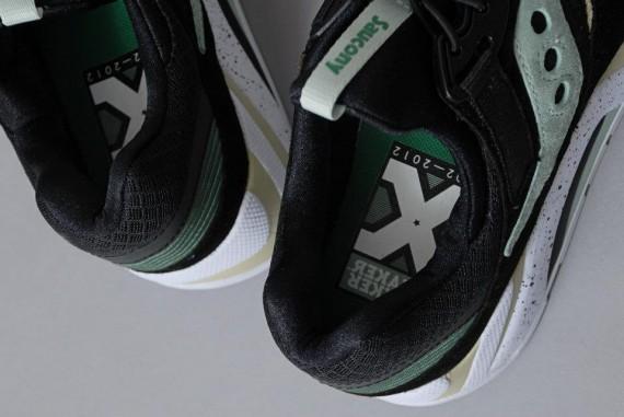 sneaker-freaker-x-saucony-grid9000-2