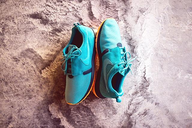 Nike_Rosherun_NM_Sneaker_Politics_1_1024x1024