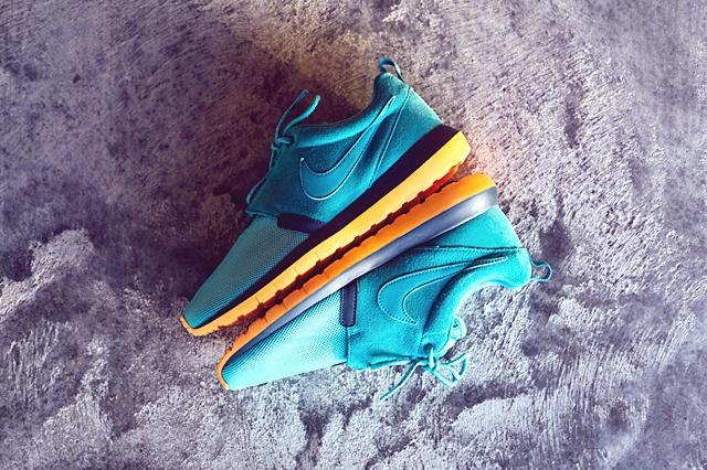 Nike_Rosherun_NM_Sneaker_Politics_3_1024x1024