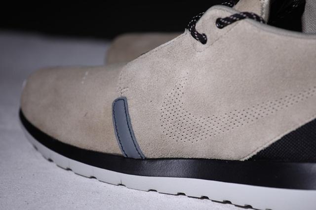 afew-store-sneaker-nike-rosherun-nm-sneakerboot-bamboo-blk-cl-gry-lght-ash-gry-112