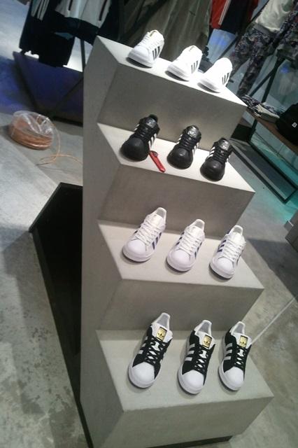 4b088d6cce91 Открытие магазина adidas Originals в ТЦ МЕГА Теплый Стан   SFMAG.RU
