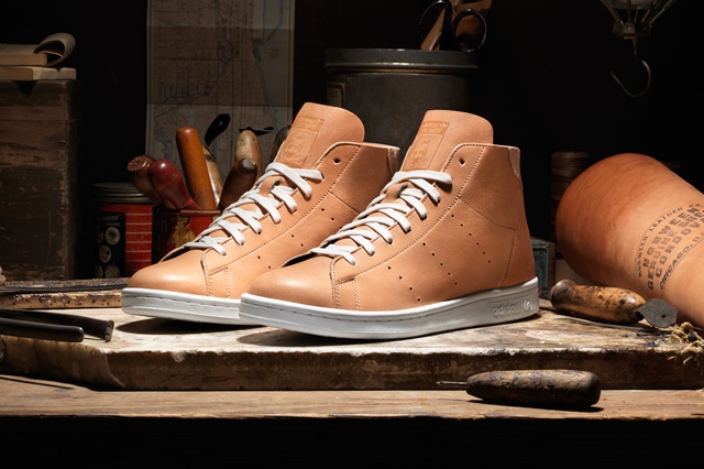 adidas_Horween_StanSmithMid_Pair