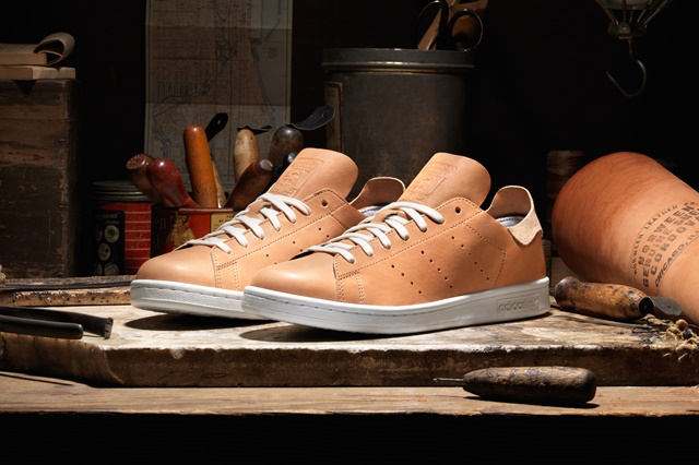 adidas_Horween_StanSmith_Pair