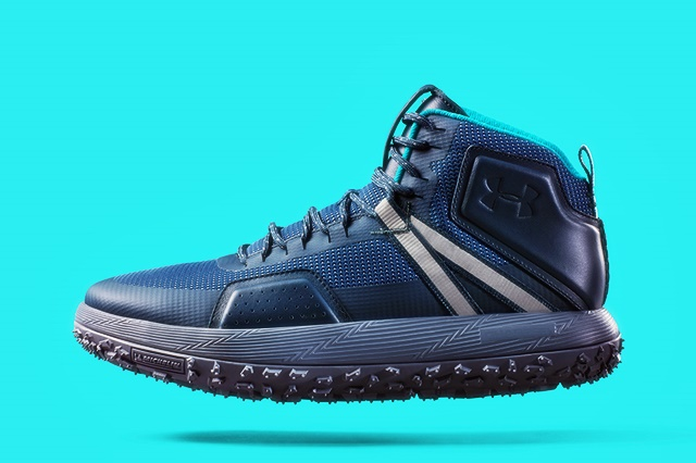 Under Armour Fat Tire Mid Hiking Shoe