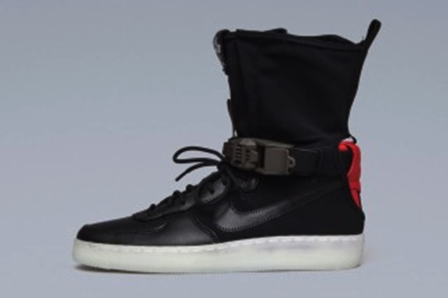 acronym-nike-downtown-air-force-1-first-look-4-320x213