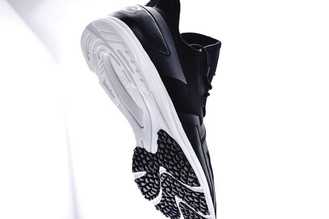 y-3-arc-rc-black-white-2