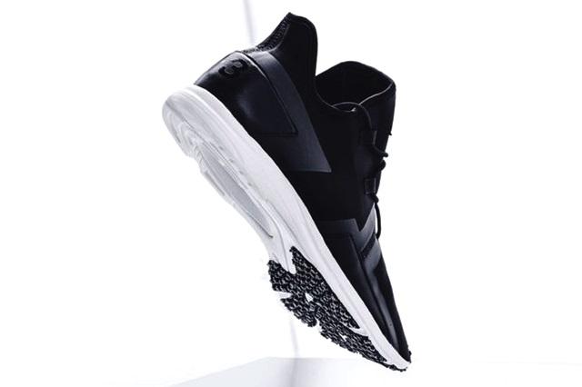 y-3-arc-rc-black-white