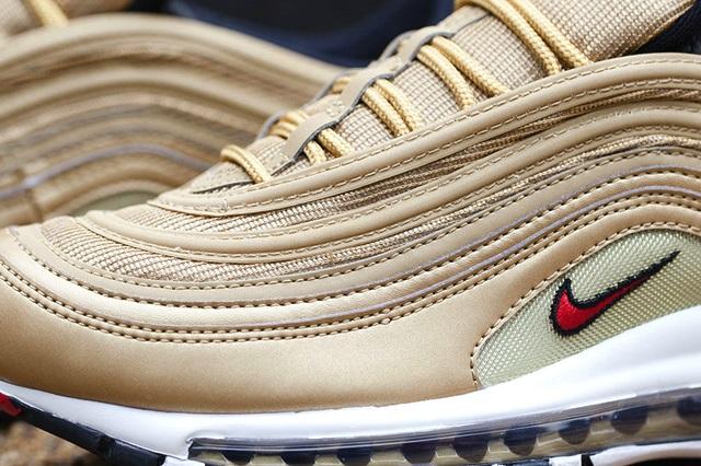 Nike-Air-Max-97-Gold-5