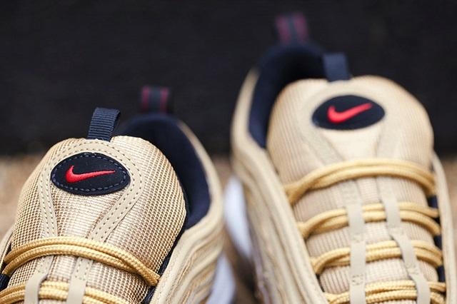 Nike-Air-Max-97-Gold-6