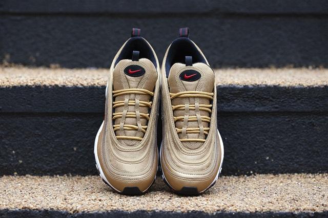 Nike-Air-Max-97-Gold-8