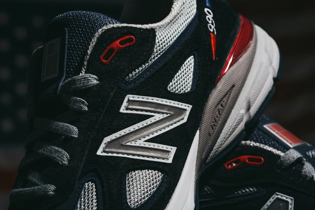DTLR-x-New-Balance-990-Stars-and-Stripes-02-1440x960