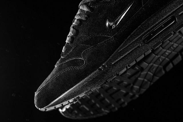 Nike_Air_max_1_Premium_SC_918354_005_sneaker_politics_3