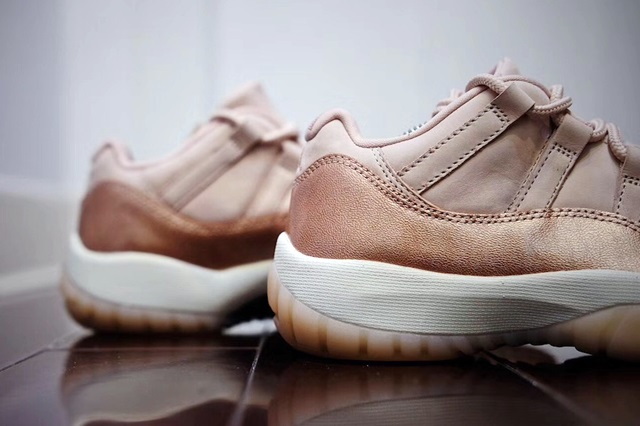 jordan-11-low-rose-gold-1