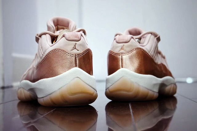 jordan-11-low-rose-gold-2