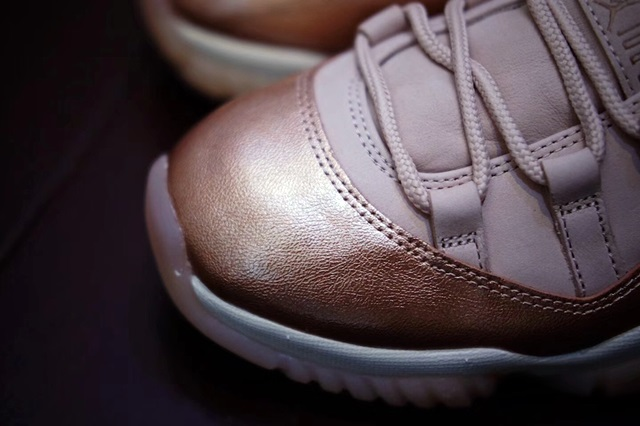 jordan-11-low-rose-gold-5