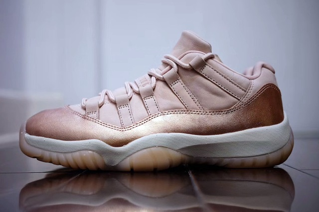 jordan-11-low-rose-gold