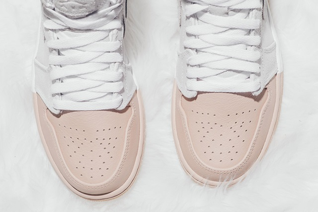 air-jordan-1-dipped-toe-pack-wmns-available-now-12