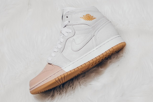 air-jordan-1-dipped-toe-pack-wmns-available-now-15