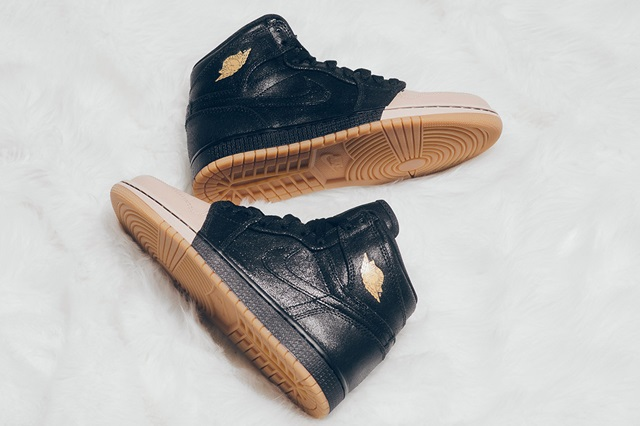 air-jordan-1-dipped-toe-pack-wmns-available-now-9