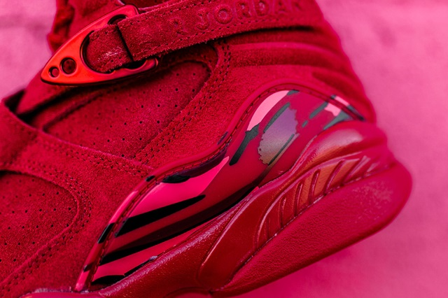valentines-day-air-jordan-8-retro-red-suede-4