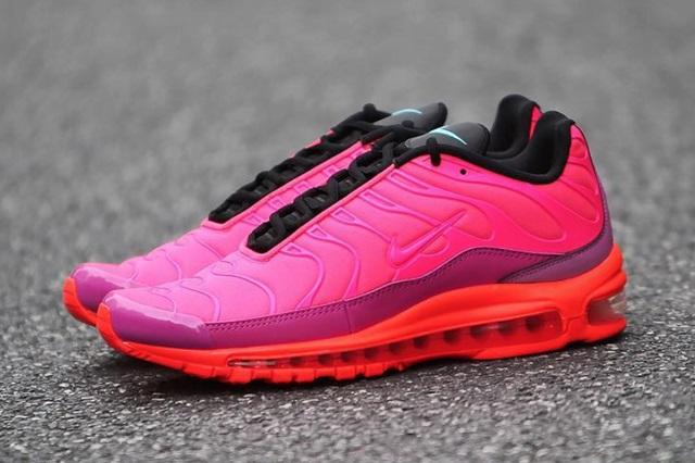 Nike Air Max Plus 97 в Racer Pink