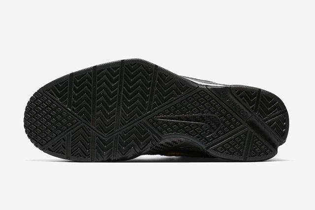 Nike-Kobe-1-Protro-Mamba-Day-AQ2728-002-Outsole