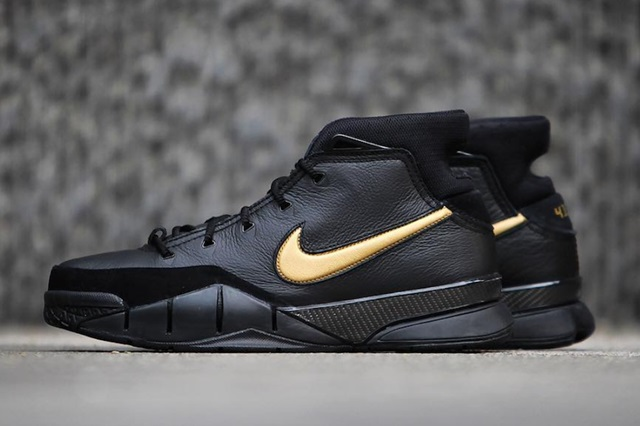 Nike-Kobe-1-Protro-Mamba-Day-Side