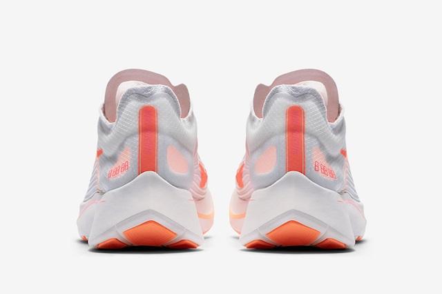 Nike-Zoom-Fly-Neon-Orange-AJ8229-108-Heel
