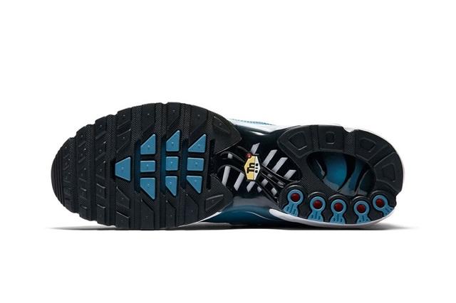 nike-air-max-plus-pull-tab-turquoise-blue-06