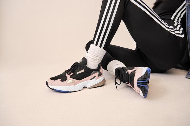 Adidas_Originals_FW18_Falcon_B28126_Look_03_On_Foot_0067_03