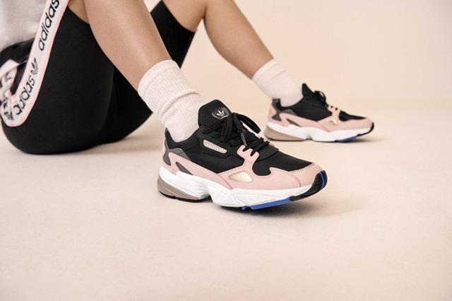 Adidas_Originals_FW18_Falcon_B28126_Look_04_On_Foot_0109_04