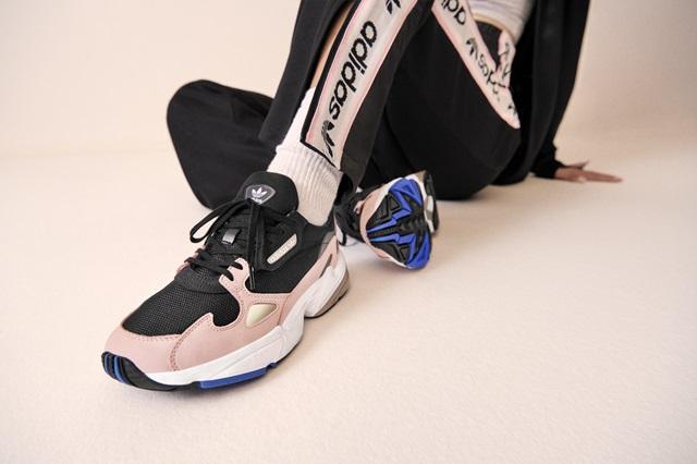 Adidas_Originals_FW18_Falcon_B28126_Look_05_On_Foot_0065_02