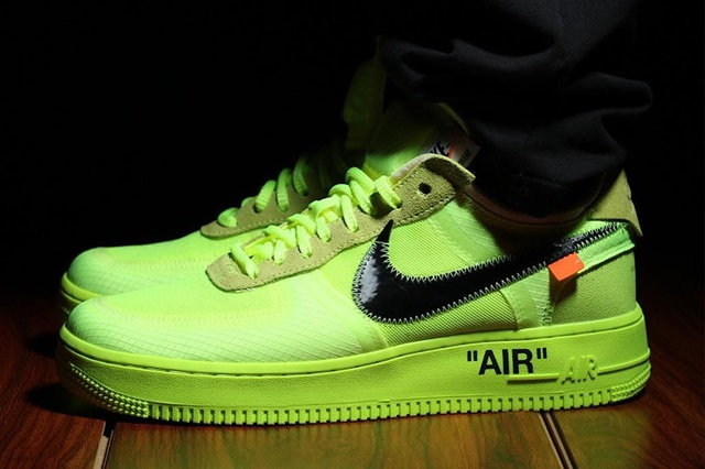 off-white-nike-air-force-1-low-volt-1