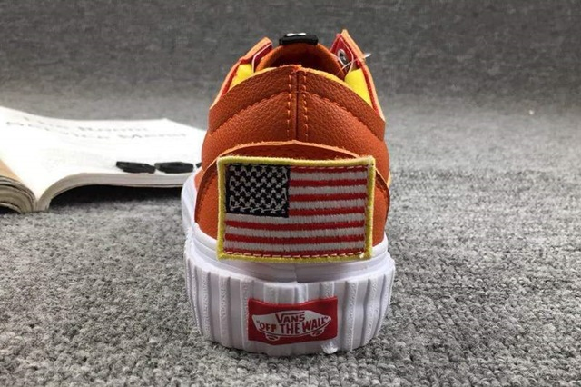 rg-nasa-x-vans-space-voyager-old-skool-firecracker-6