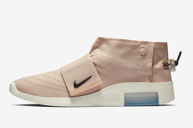 Nike-Fear-of-God-FOM-AT8086_200-1