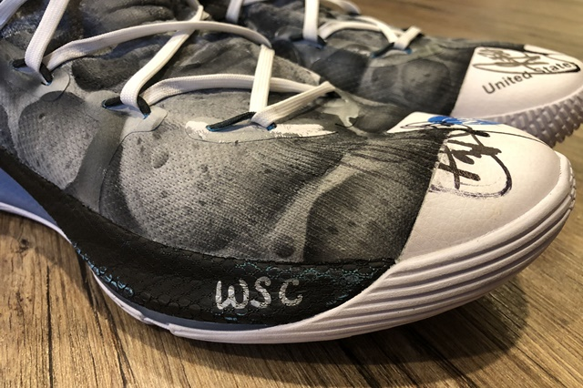 Stephen Curry Moon Landing Under Armour Curry 6_Signed Sneaker 4