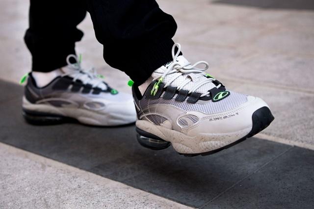mita-sneakers-x-puma-cell-venom-370339-01