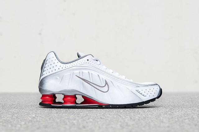 nike-shox-r4-release-date-price-gallery-04