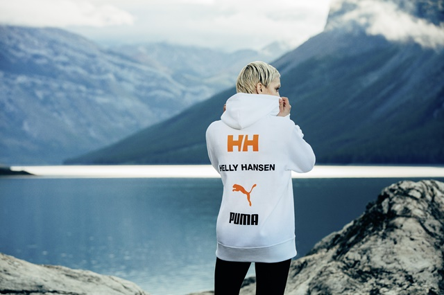 19AW_xSP_SELECT_HELLY-HANSEN_FEMALE-LOOK-1_00596 1