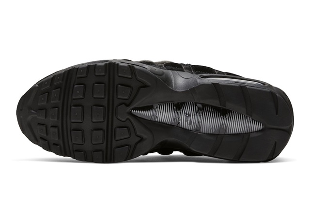 Comme-des-Garcons-Nike-Air-Max-95-Black-Release-Date-5