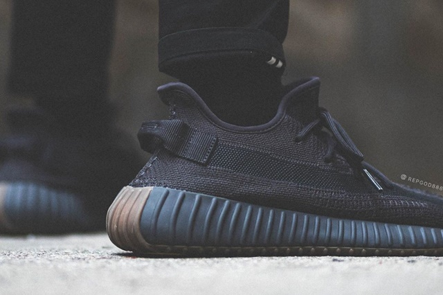 adidas-Yeezy-Boost-350-V2-Cinder-FY2903-Release-Date-On-Feet-6